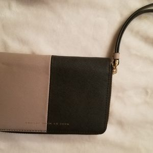 NWT Marc Jacobs Leather Wallet